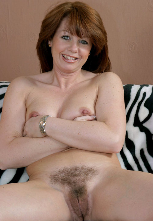 Natural nude mature women