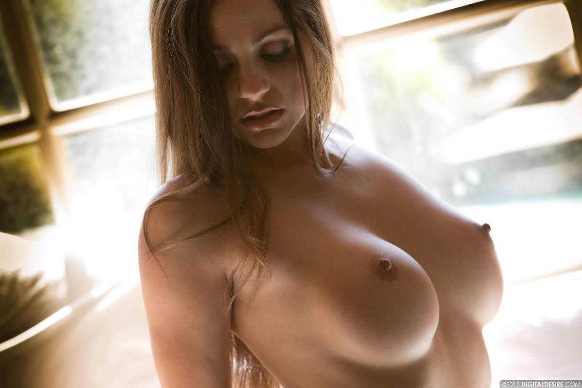 abigail Digital nude desire mac