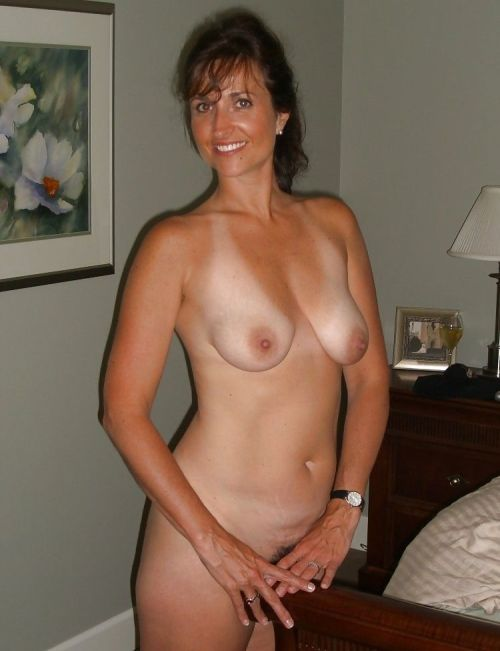 moms nude Real
