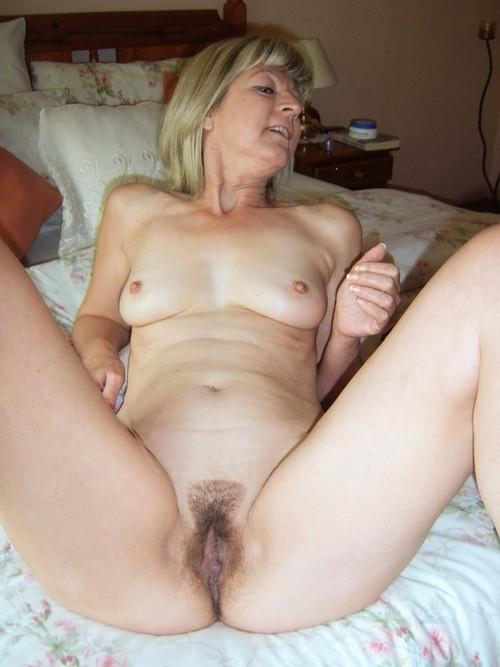 creampie Horny mature