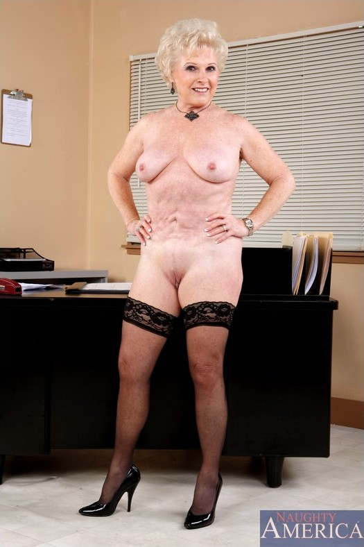 jewell Granny porn mrs