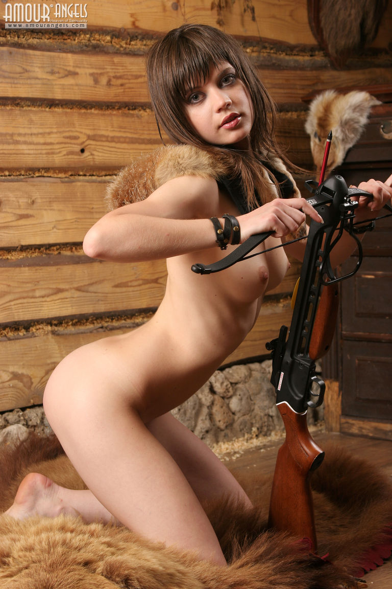 Naked women hunters photos