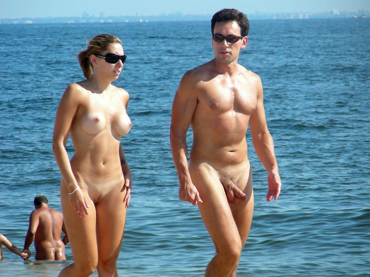 at nude couples Boner beach