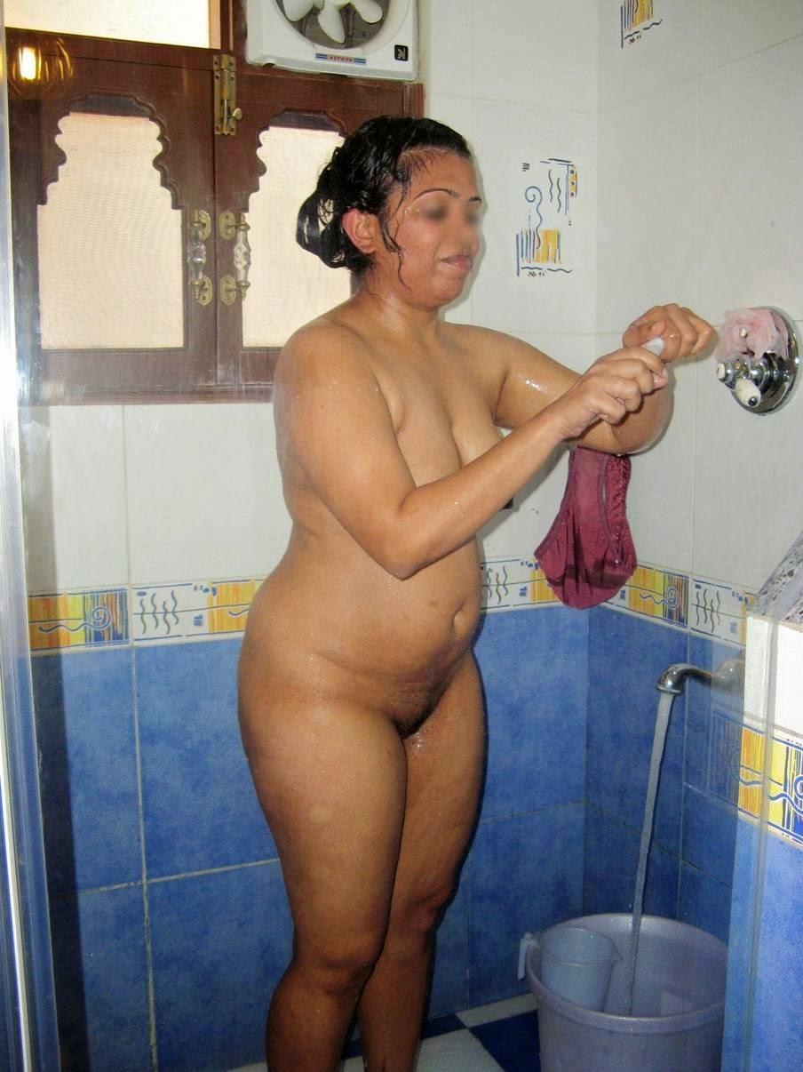 Pregnant nude black women