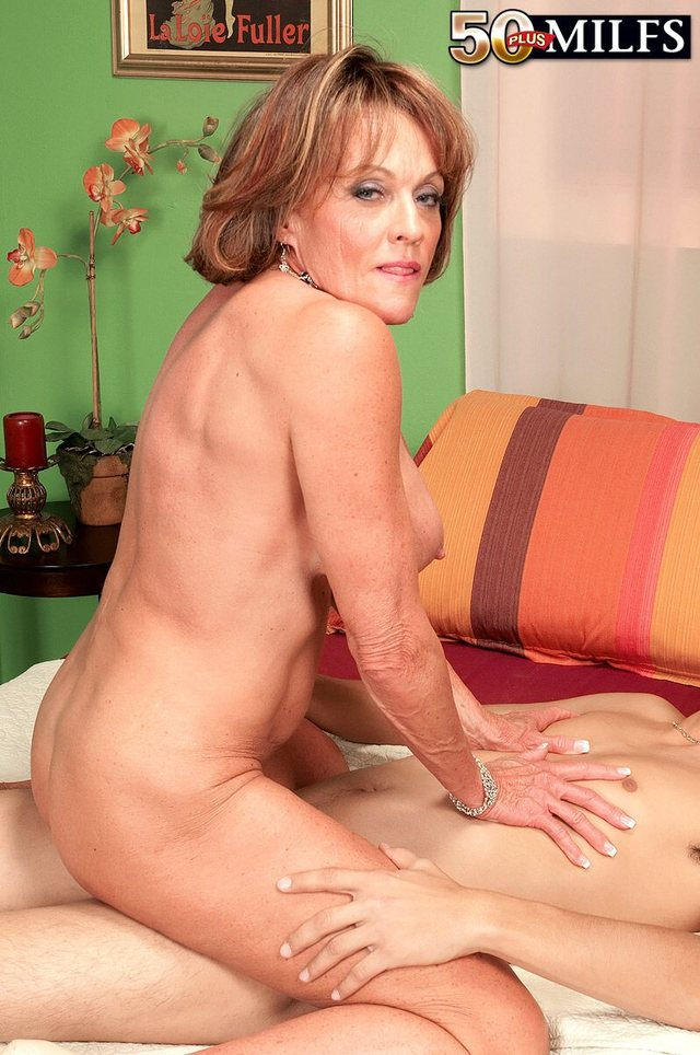mature fucking Beautiful women