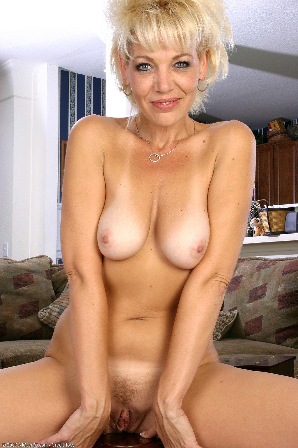 portraits women Nude mature