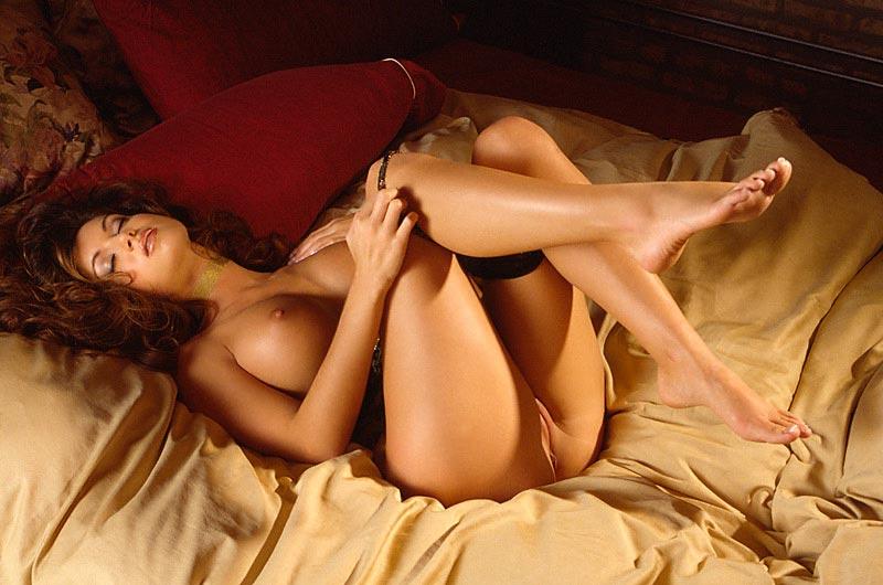 nude Vicki lamotta