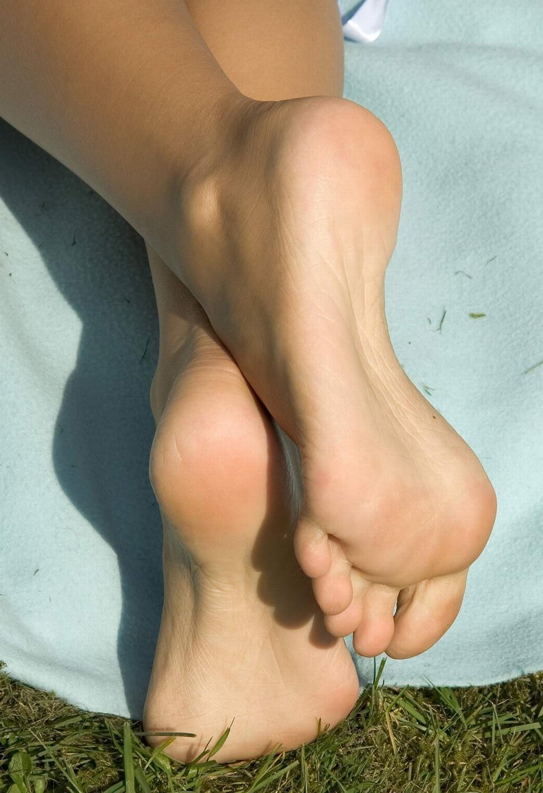fetish feet Beautiful girls black