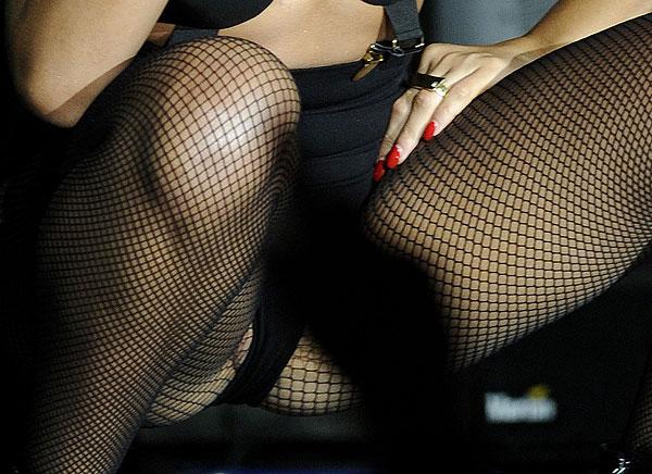 pussy slip Rihanna