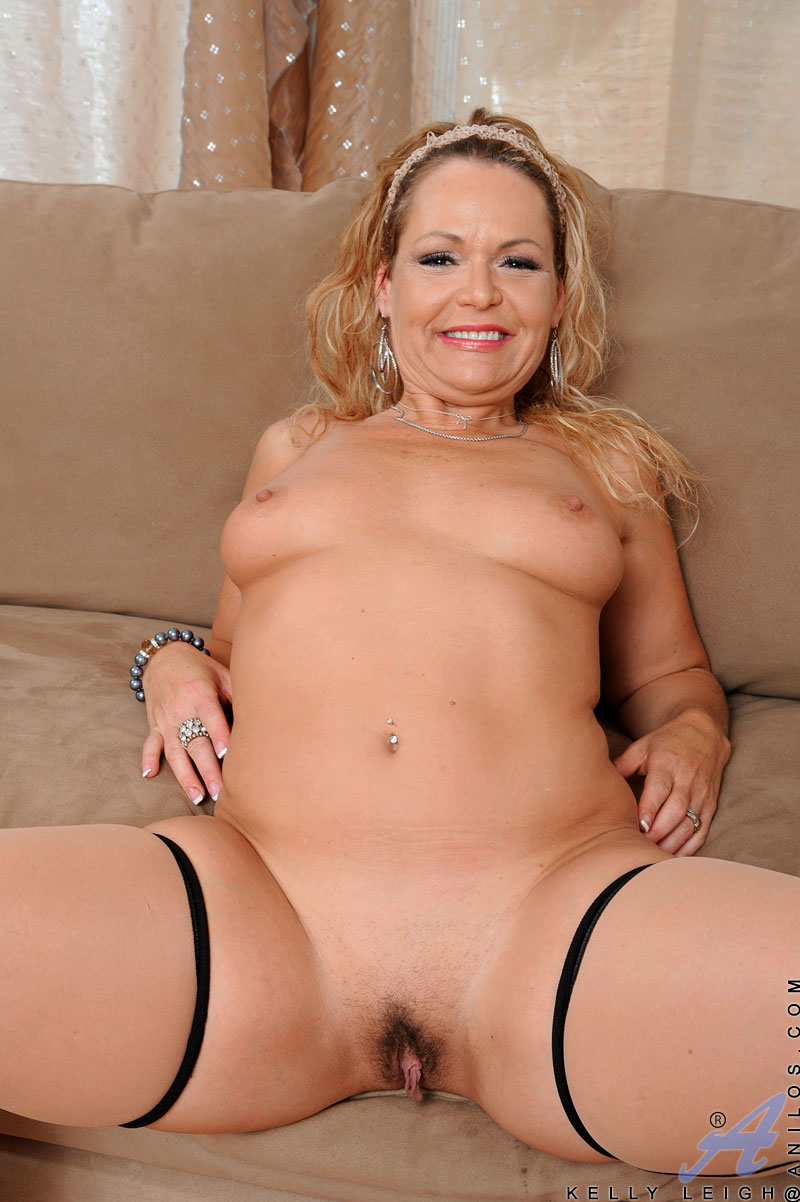 Short haired mature kelly leigh xxx