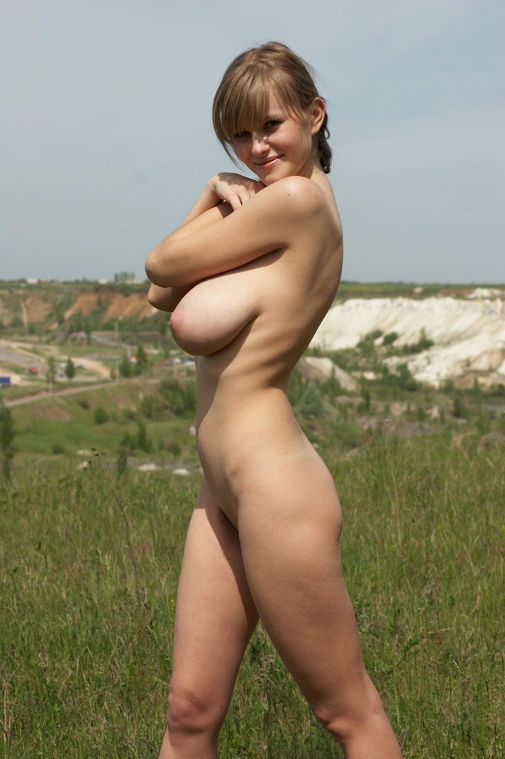 gallery Nude model