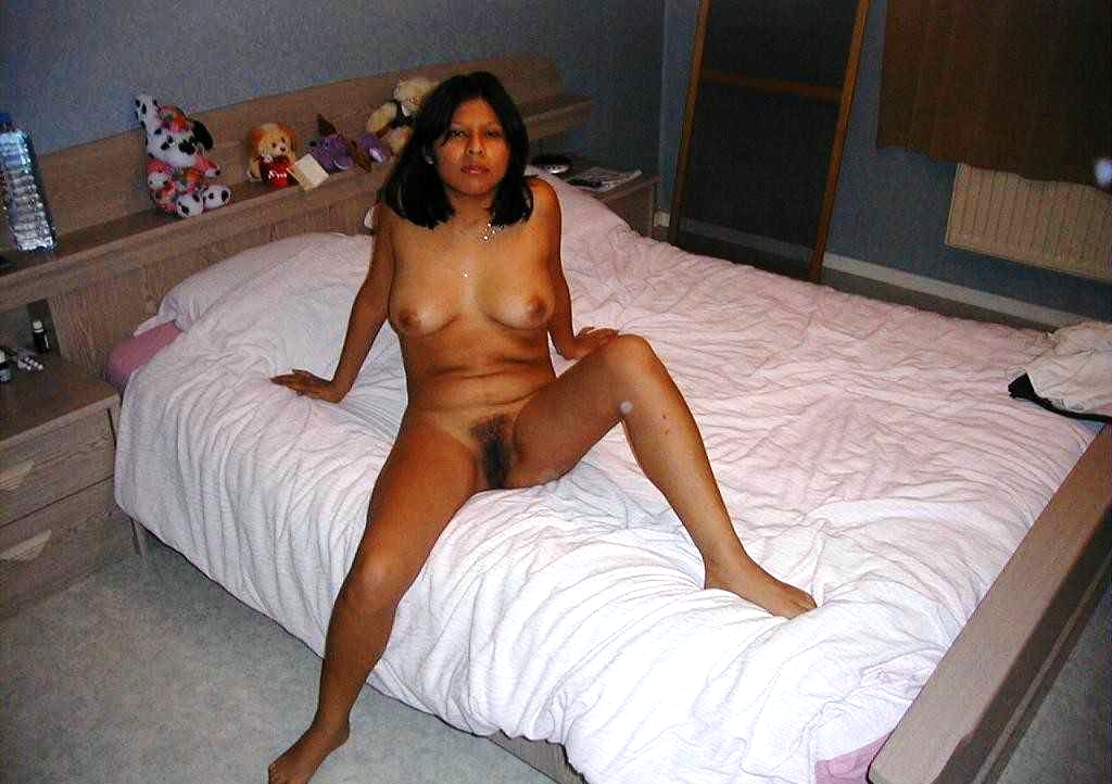 Hot moms naked and dildos