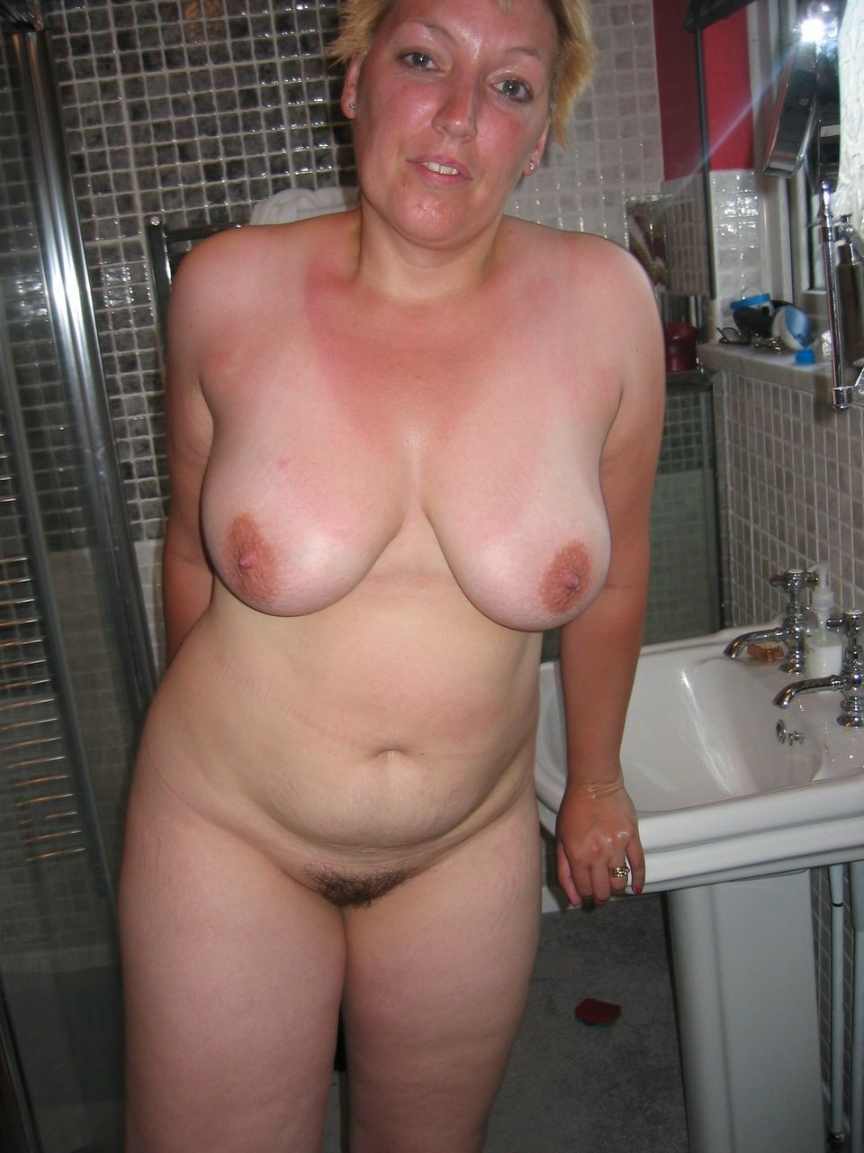 amateur Naked mature wife fat