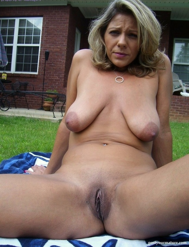 Big mature nude tit woman