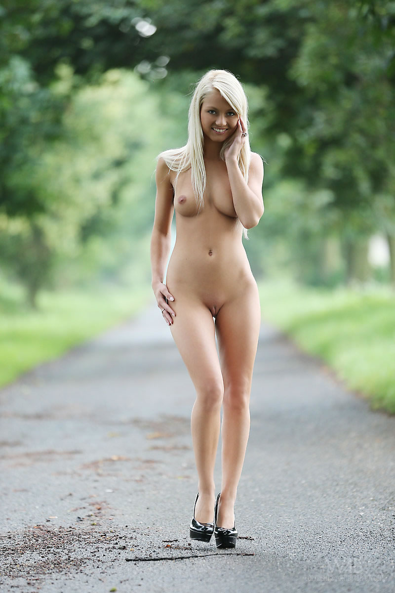 models Country girl nude