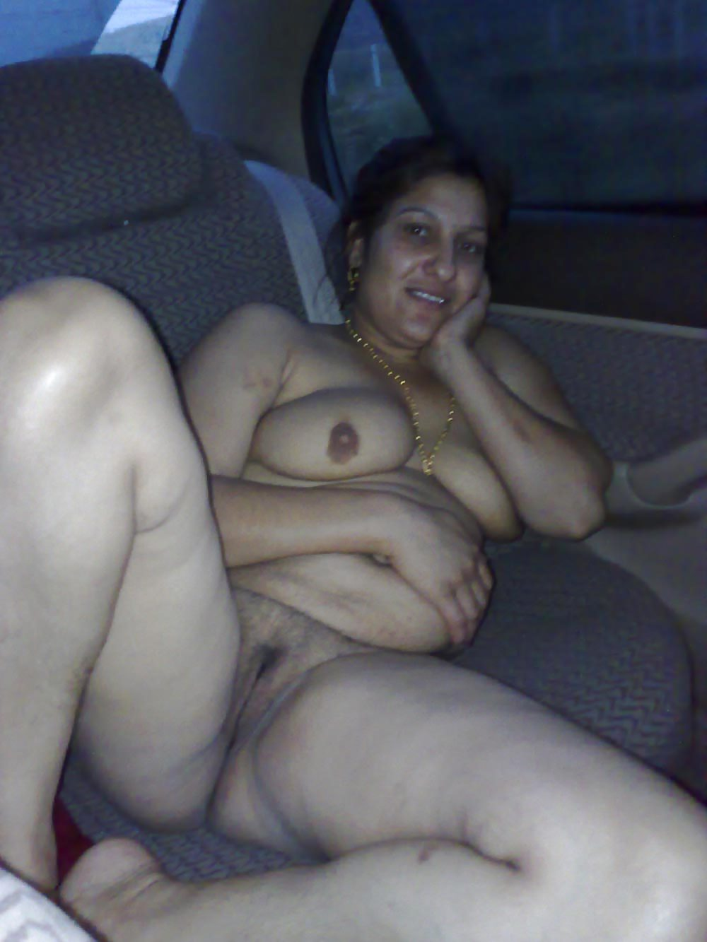 naked aunty pic Hot Pakistani