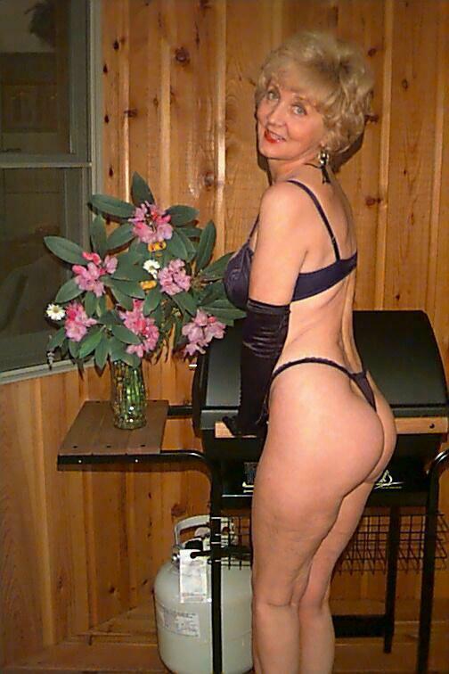 Scene girl sexy nude
