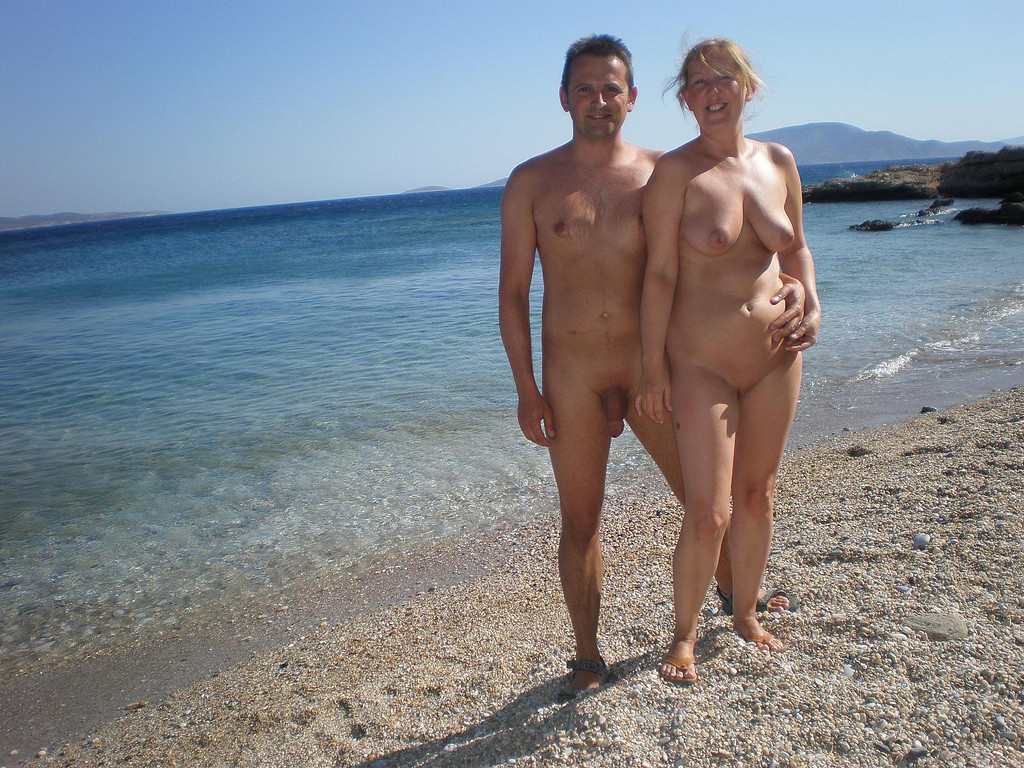 mature Nudists couples