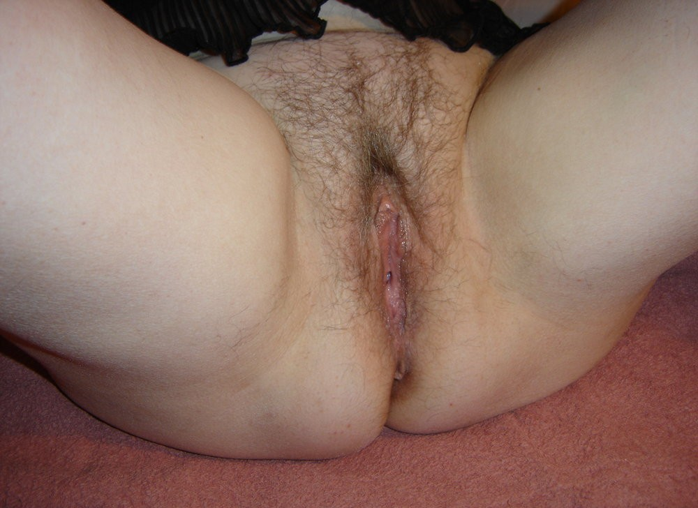 shaved wet pussy Granny