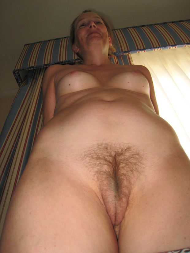 Nude mature blonde pussy