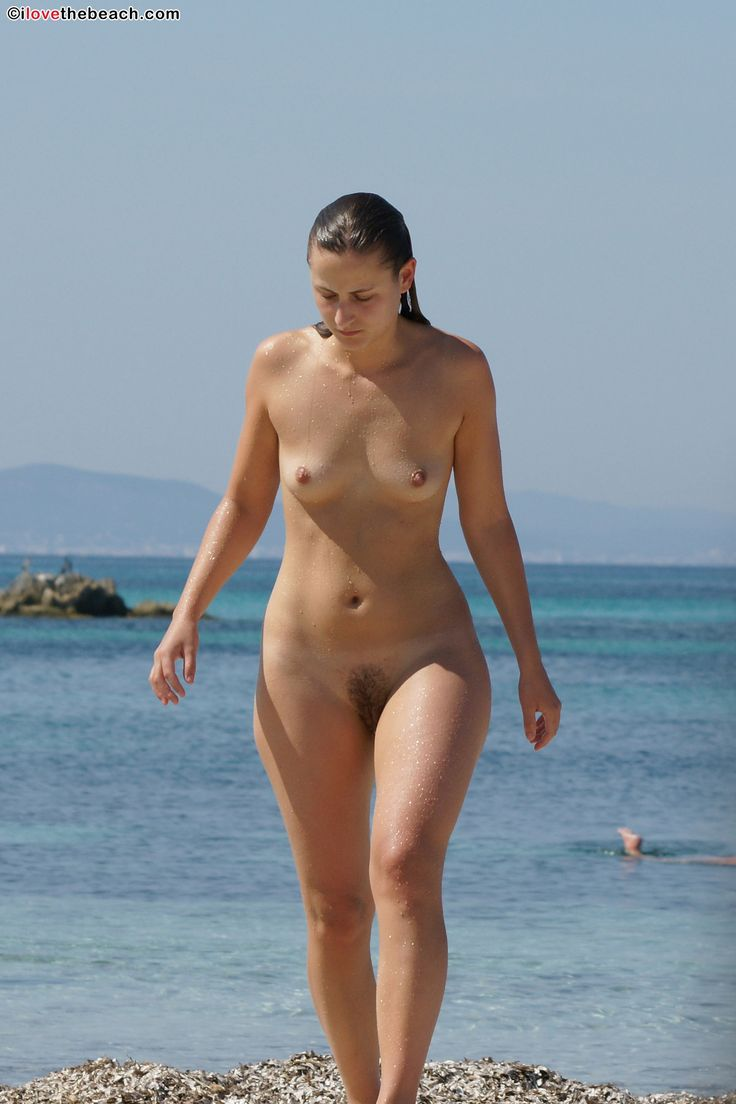 beach Full frontal nude
