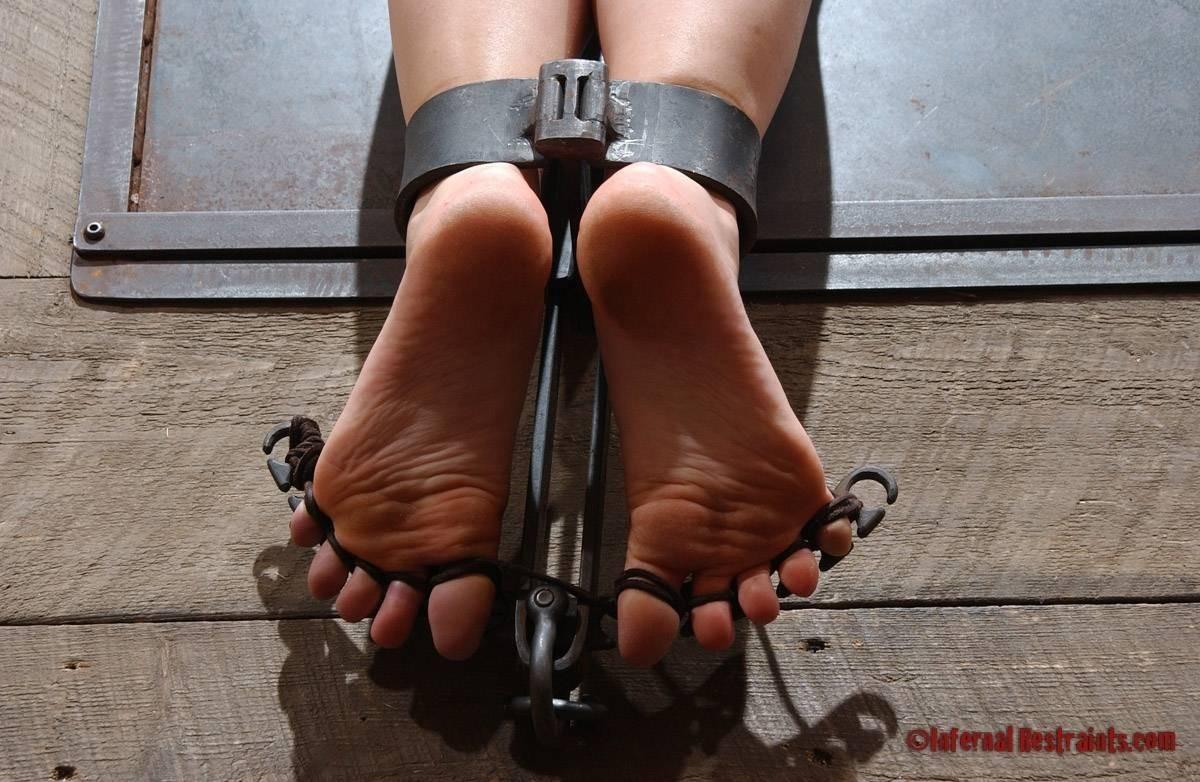 bondage Sexy foot