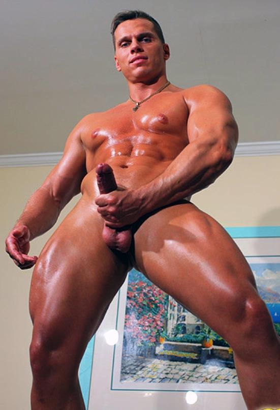 muscle men nude Russian