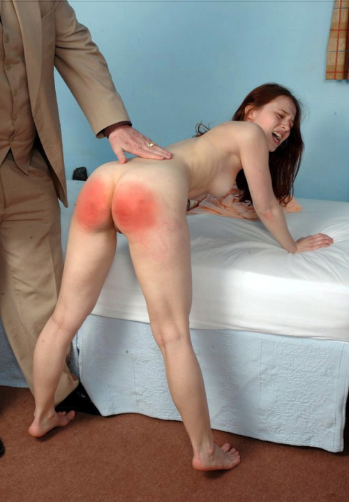 butts girls spanking Mom naked