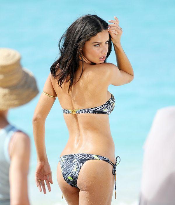 lima butt Adriana