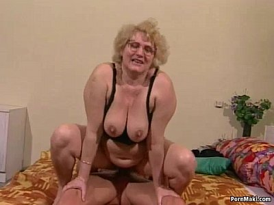 chubby getting fucked picture Thai Milf