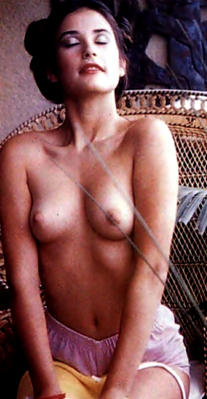 Free video of a girl nude