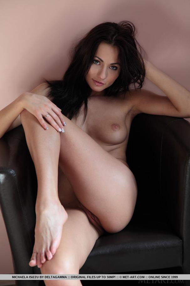 nude Turkish art girl