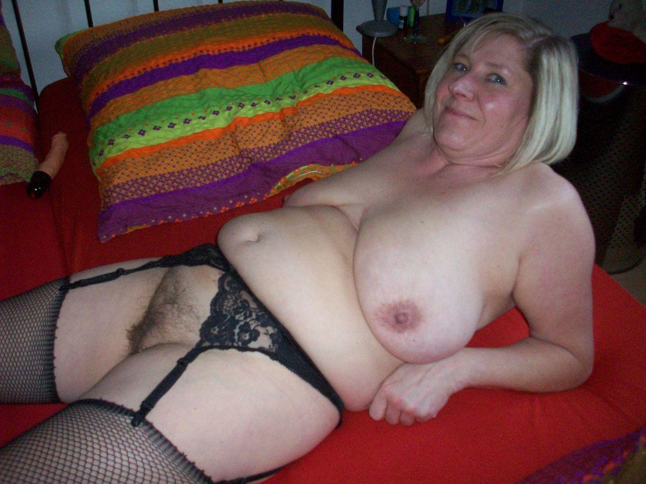 Old Nude Year Slut