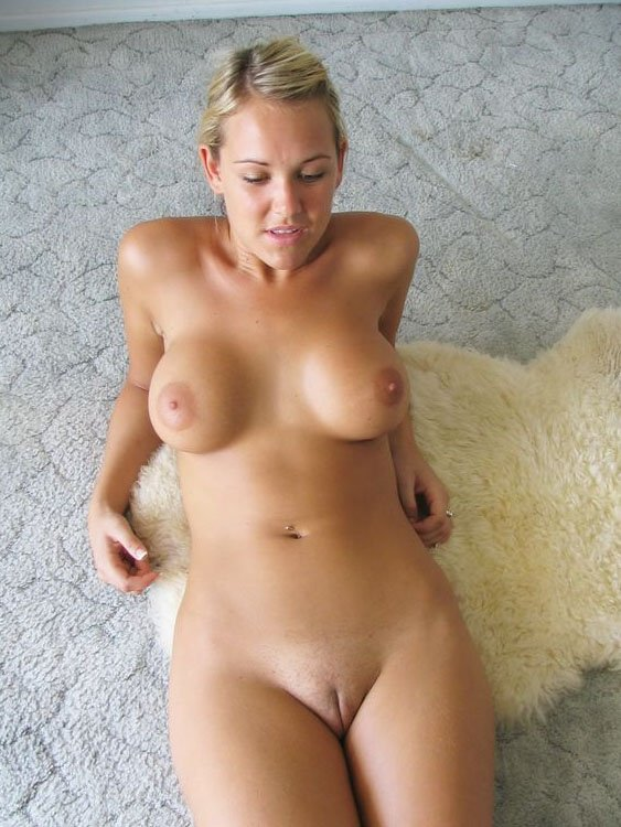 blonde mature pussy nude Hot