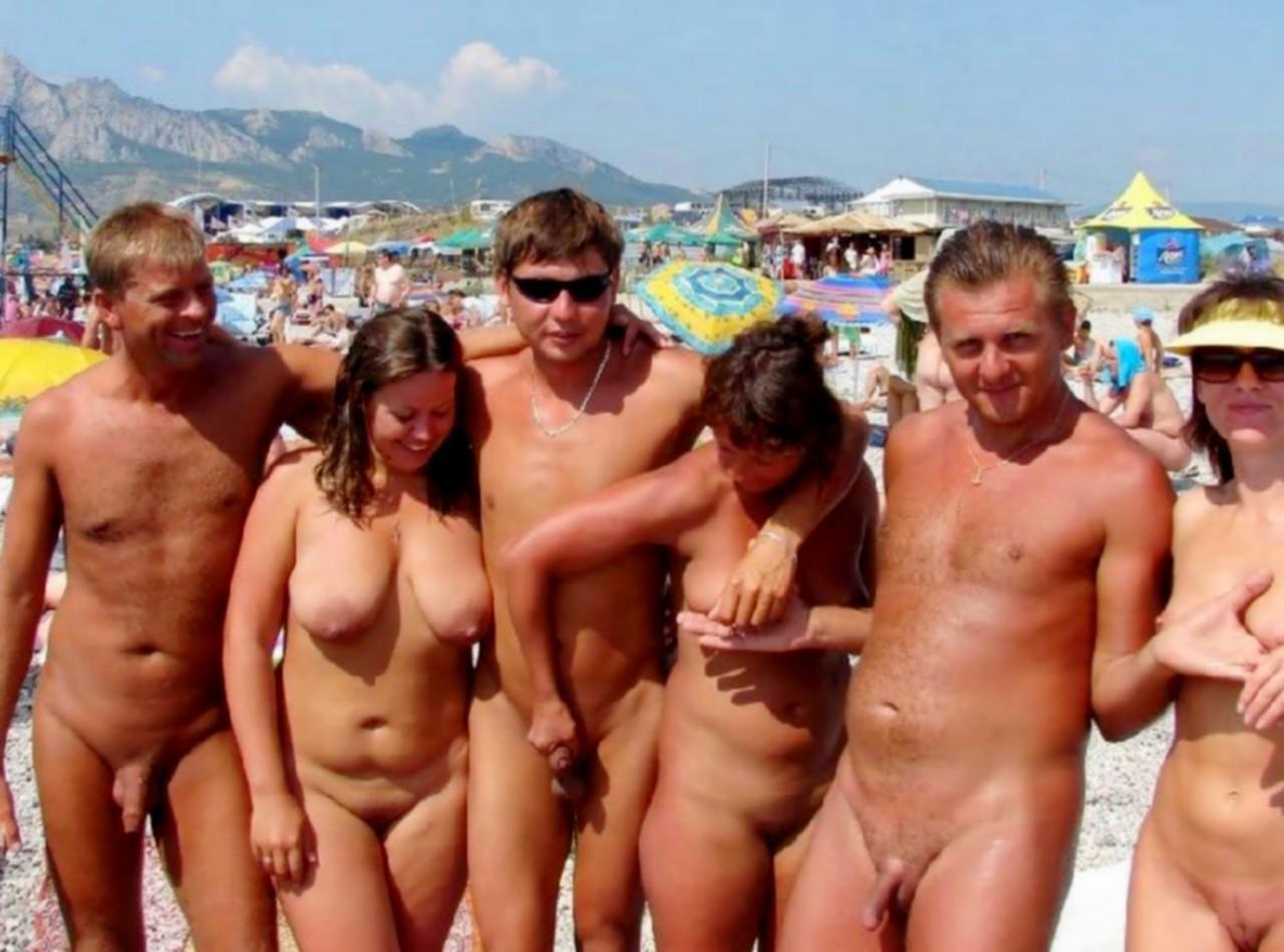 nudist photo Family beach
