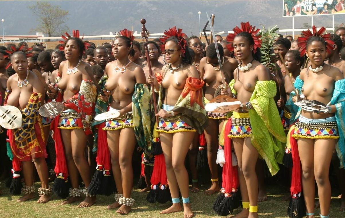 girl Naked black women dance