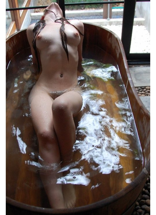 girls naked hot Japanese springs