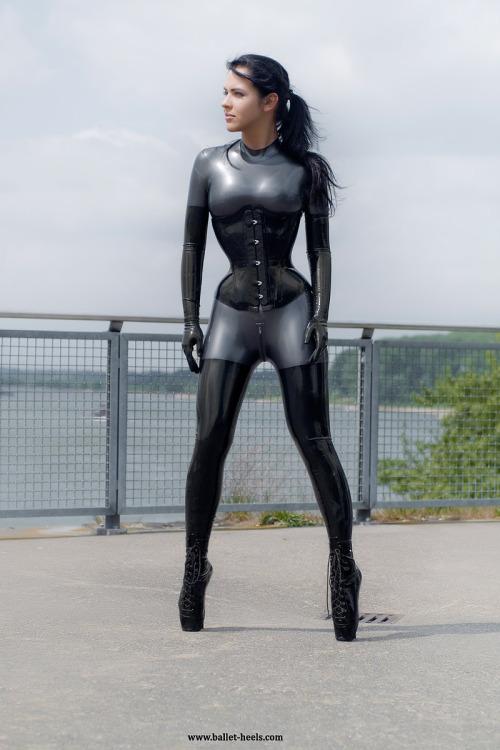 fetish model latex high heel Sexy