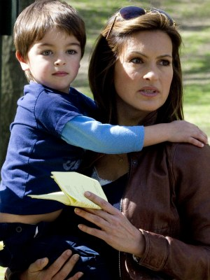 poehler s archie Amy arnett son