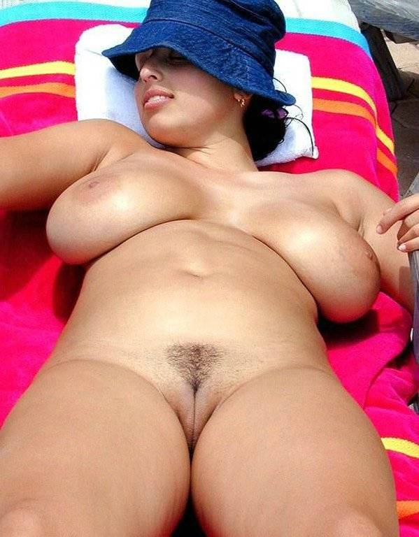 women naked mature Curvy