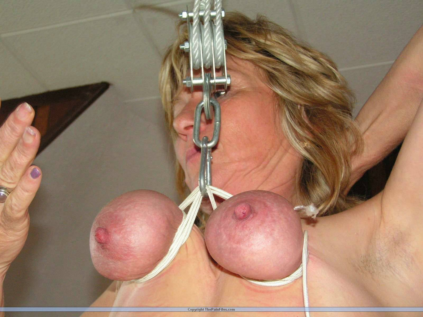 Breast suspension tit hanging bdsm are