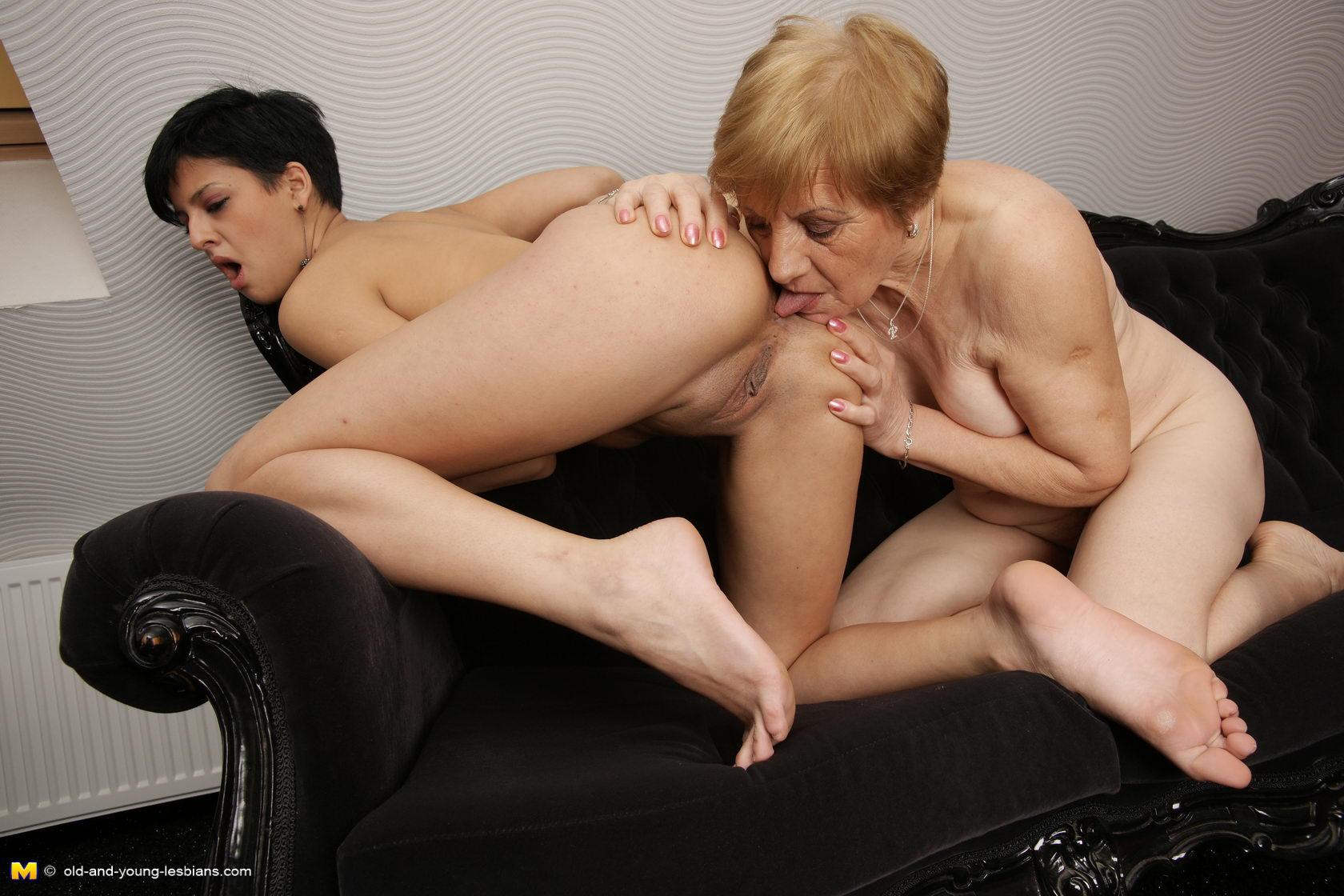 galleries mpeg Mature lesbian