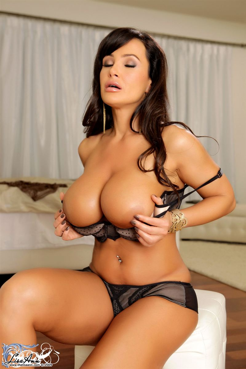 Apologise, Lisa ann nude tits think