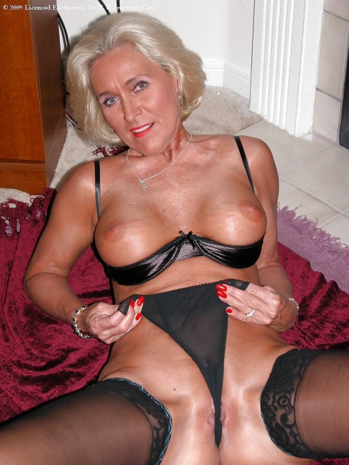 women Horny mature
