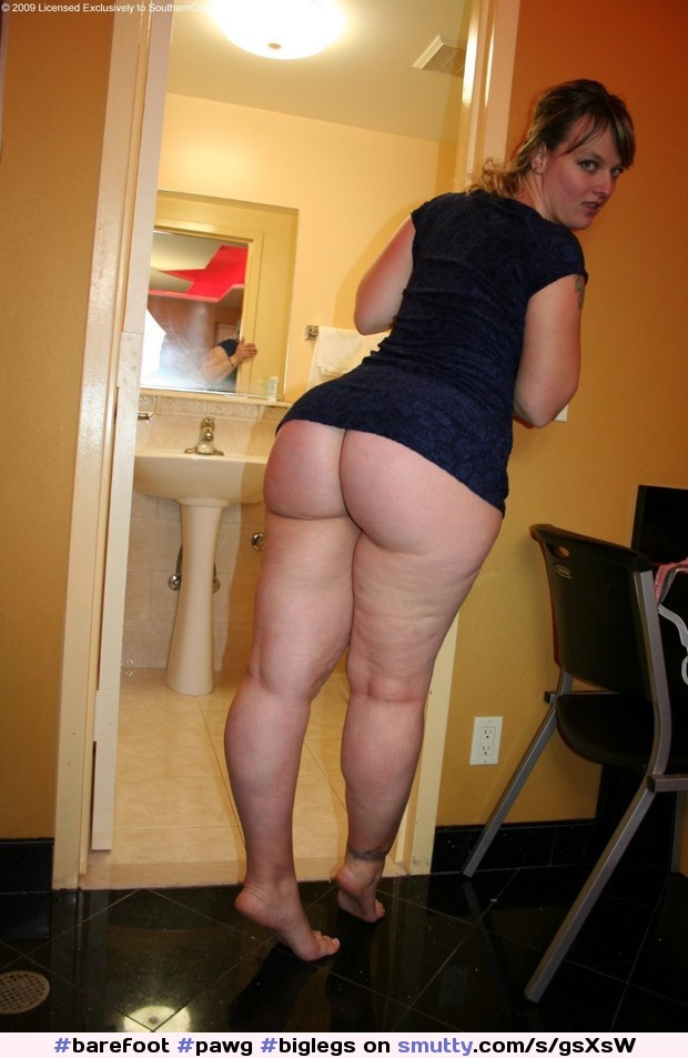 big nude Black hips