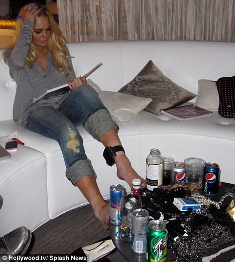 ankle bracelet lohan Lindsay