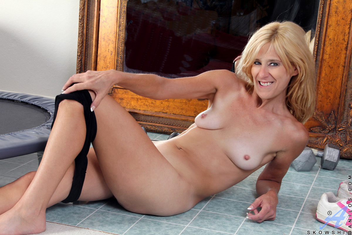 nude mature high women res Pussy
