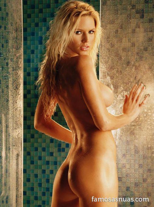 ave nude playboy zoli Winter