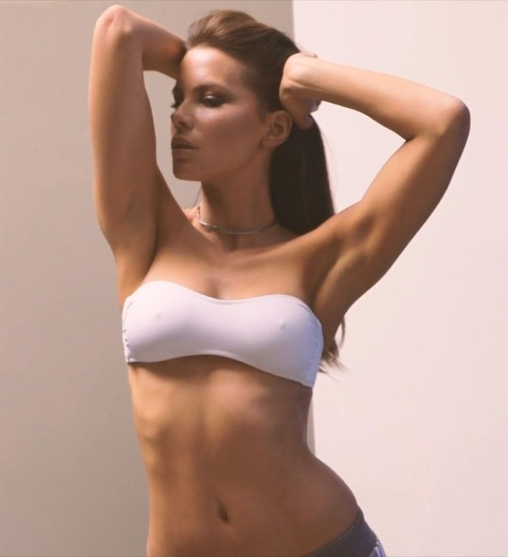 beckinsale bra Kate