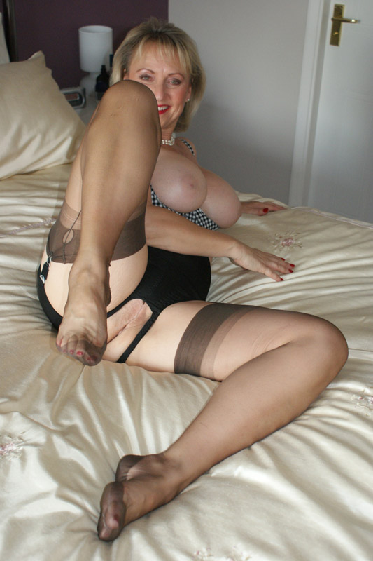 milf stockings Mature